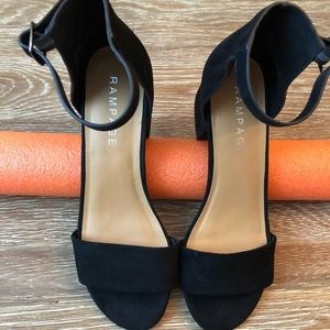 7.5 Rampage open toe block heels